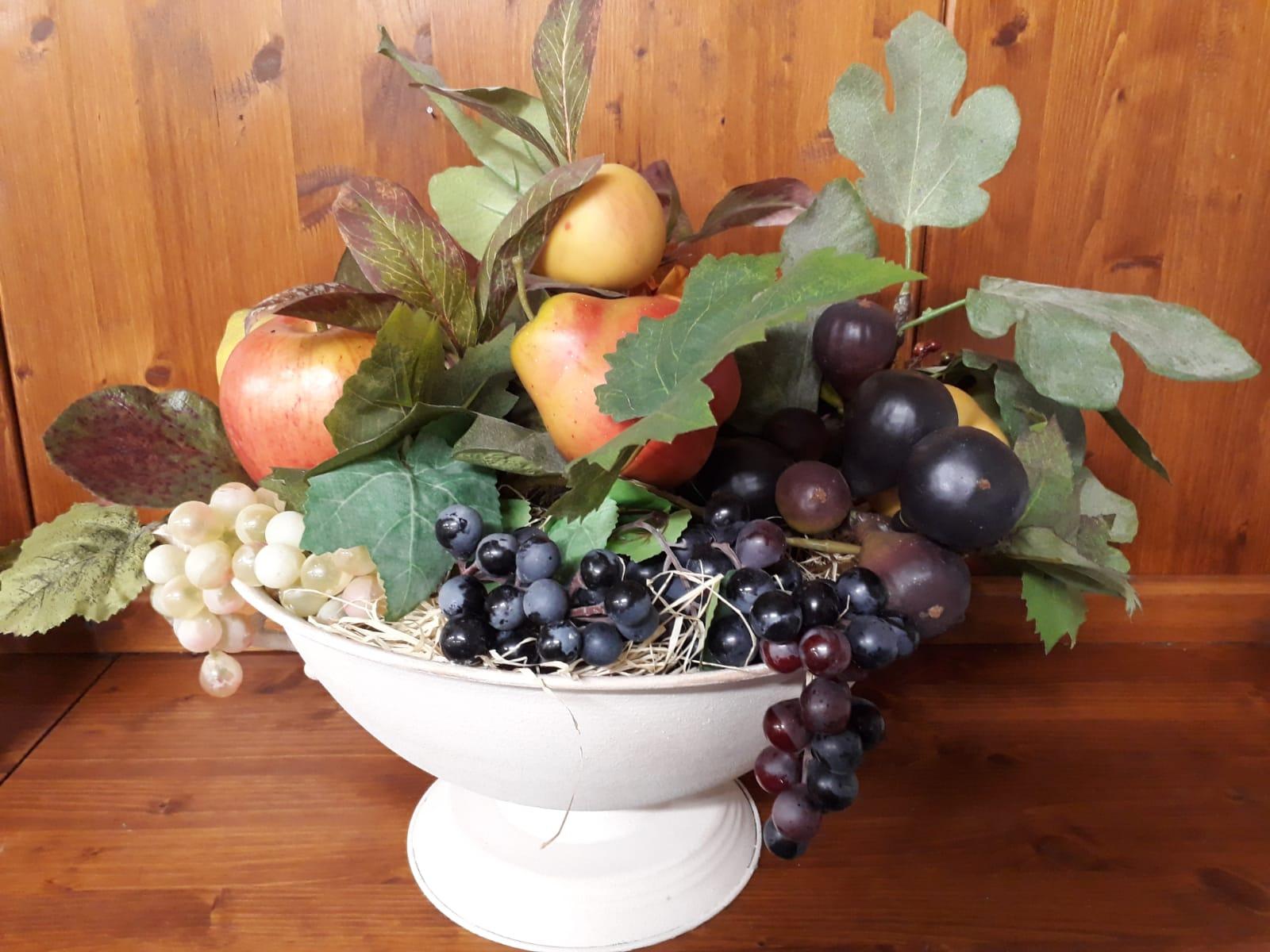 frutta finta fiori finti